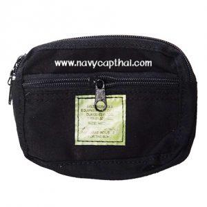 กระเป๋าร้อยเข็มขัดแนวนอนสีดำ